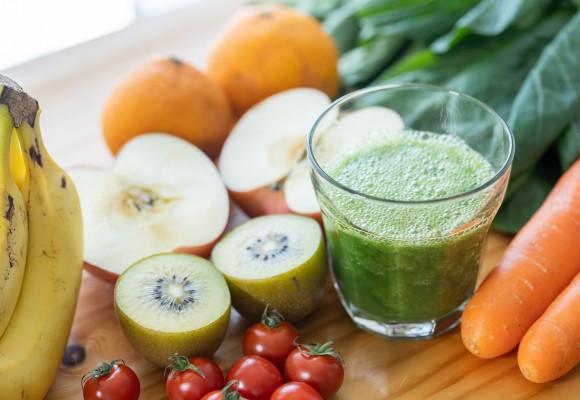 Batidos de frutas y verduras: una forma sana y divertida de mejorar nuestra salud